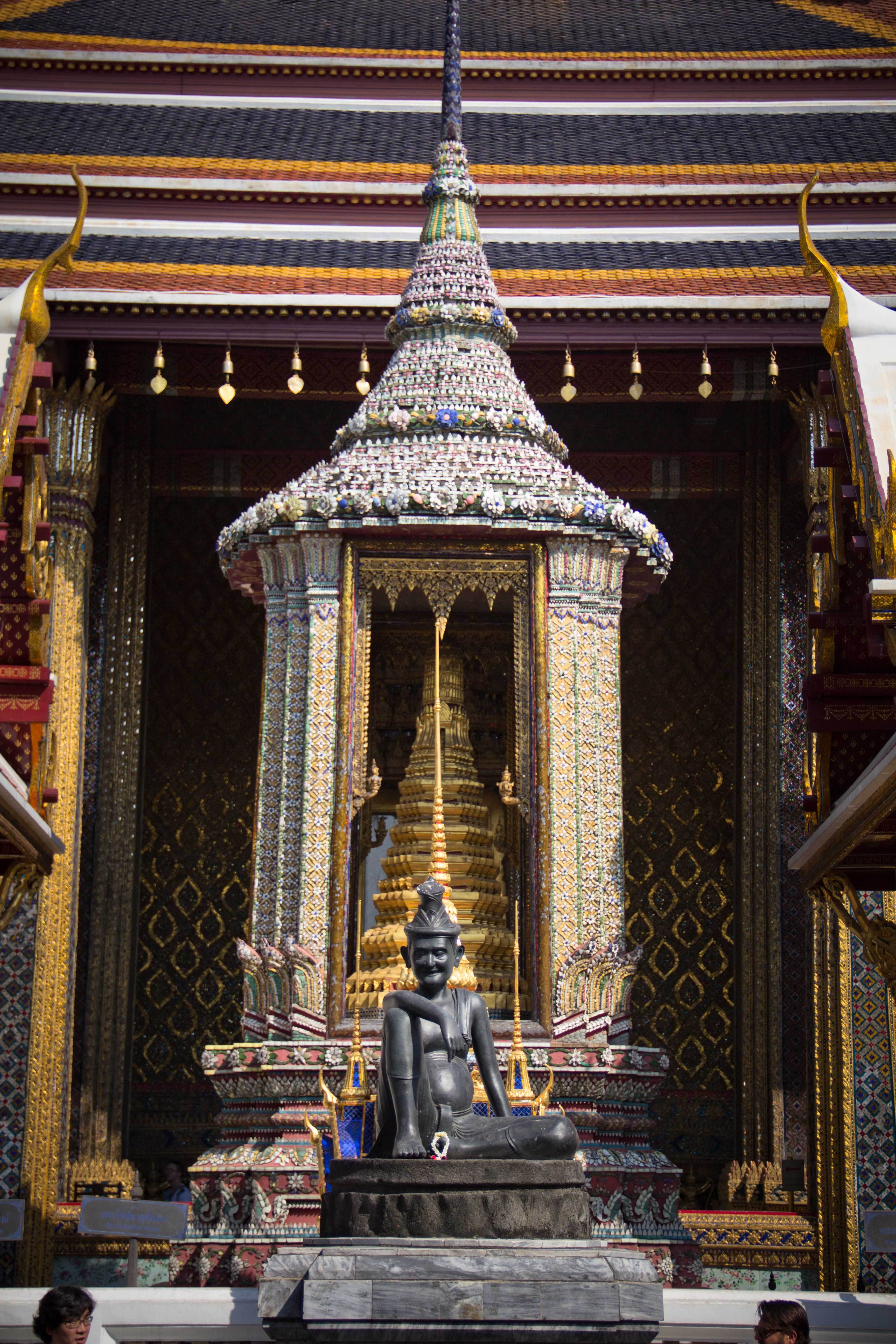 Grand Palace Bangkok | Walking Through Wonderland