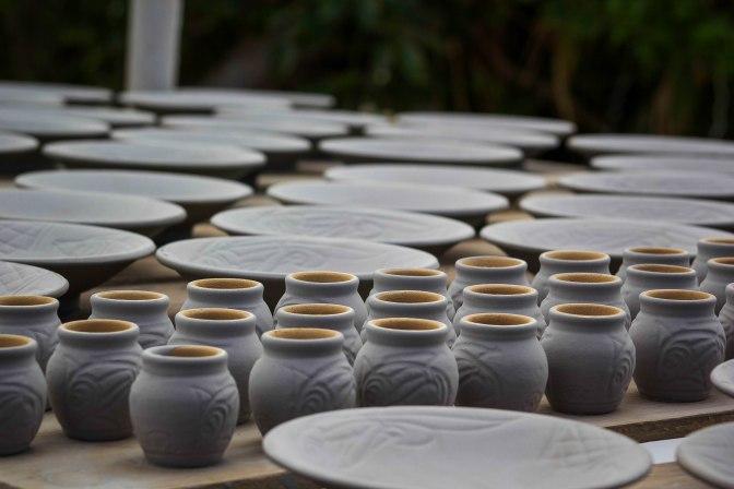 Yomitan Pottery Village: Yachimun no Sato